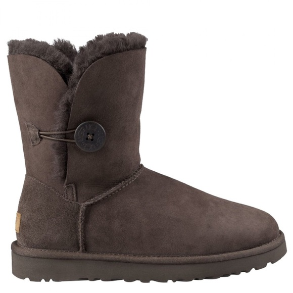 ugg bailey button low